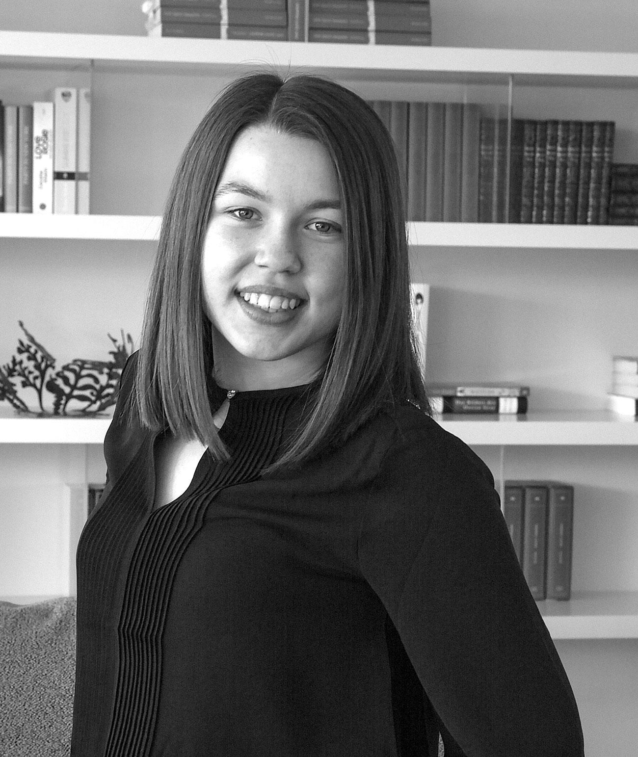 Ladenstein Team Anna Mauerhofer Innenarchitektur Verkauf